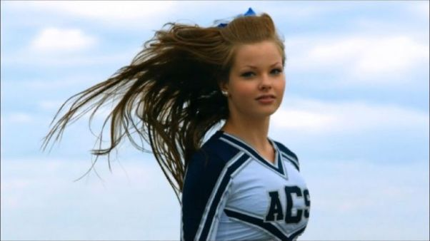 cheer-up-documentary-photo